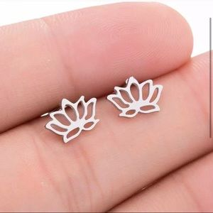 Jewelry - Lotus flower stainless steel earrings